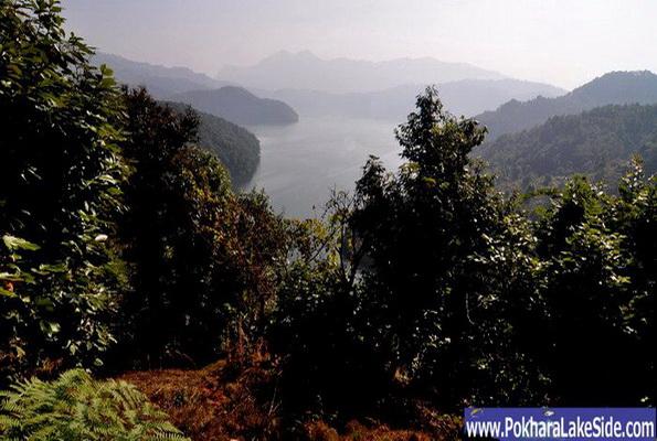 http://d1cnag8e8eksul.cloudfront.net/Photos/Begnas/BegnasLake_Pokhara_Nepal_7.jpg